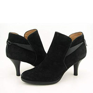 Sofft Gala Black Bow Suede Booties 7